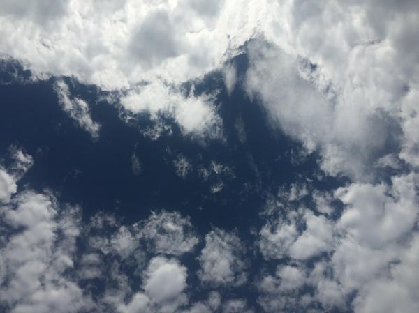 空。大阪。