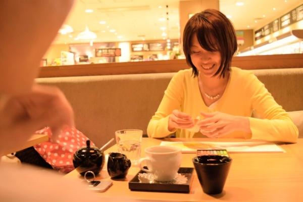 筆文字セラピー写真大阪カウンセリング女性書き下ろし筆文字アート